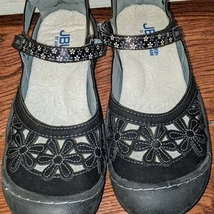 Brand New Shoes - Women's Size 6.5